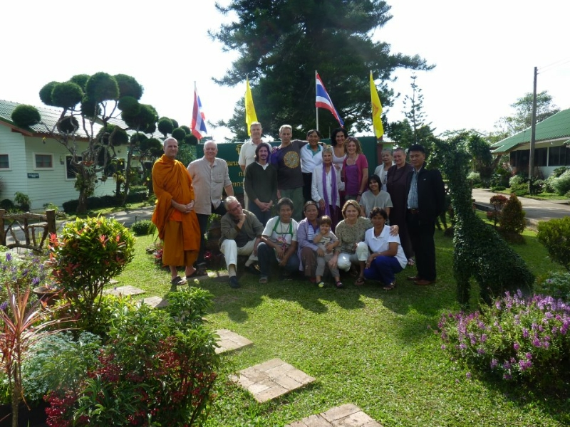 mountain-retreat-with-bangkok-and-chaing-mai-yogis