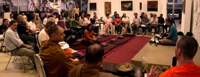 dhamma talk and meditation in Ari area, Bangkok