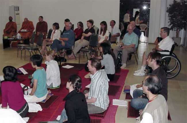 U Vamsa gives a dhamma talk in English