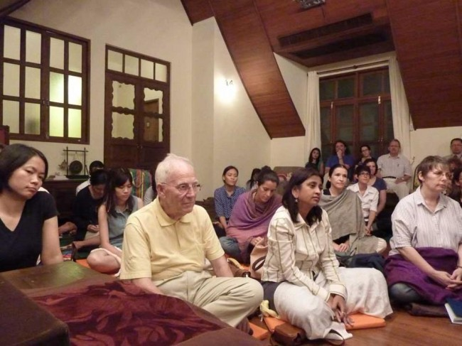 learn meditation in Bangkok, Thailand