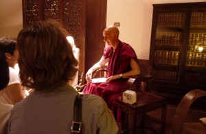 Bhikkhuni Ani Choying in Bangkok for Dhamma talk