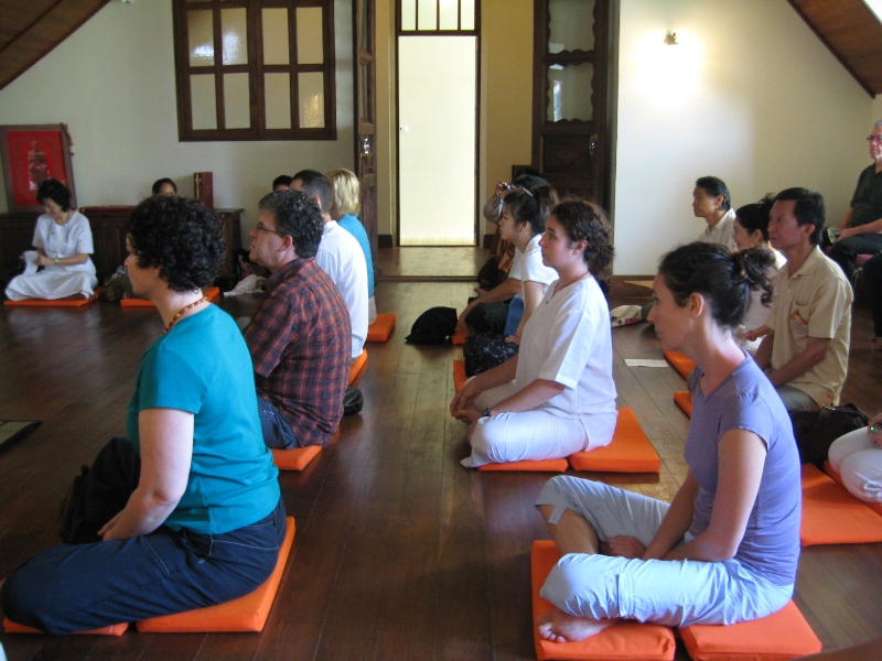 meditation-in-bangkok-thailand