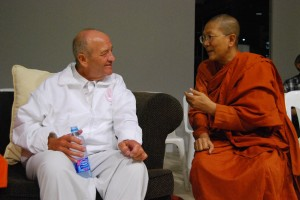 dhamma talk and mindfulness meditation in Bangkok